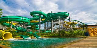 Daftar  Alamat Kolam Renang dan Water Boom Terlengkap di Jakarta dan sekitarnya (1/6)