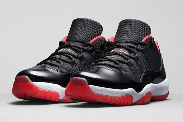 air-jordan-11-retro-low-bred-black-varsity-red-white-2